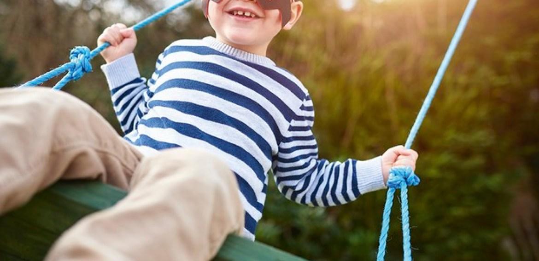 Pesquisa aponta que os balanços ajudam as crianças a trabalhar em equipe