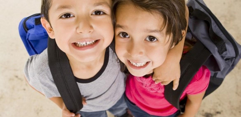 70% dos problemas de coluna nos adultos são resultado de carregar muito peso na infância