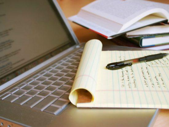 Na quarentena: como montar o cronograma ideal para estudar em casa?