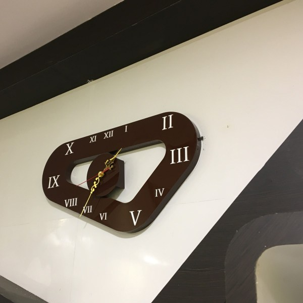 designer wall clock in 3D shape for home and office
