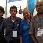 Enzo Navarro y Darío Yuchechen junto a la Prof. Laura Laganá, Directora Superentindenta del Centro Paula Souza, y el Prof. Luis Olivetti
