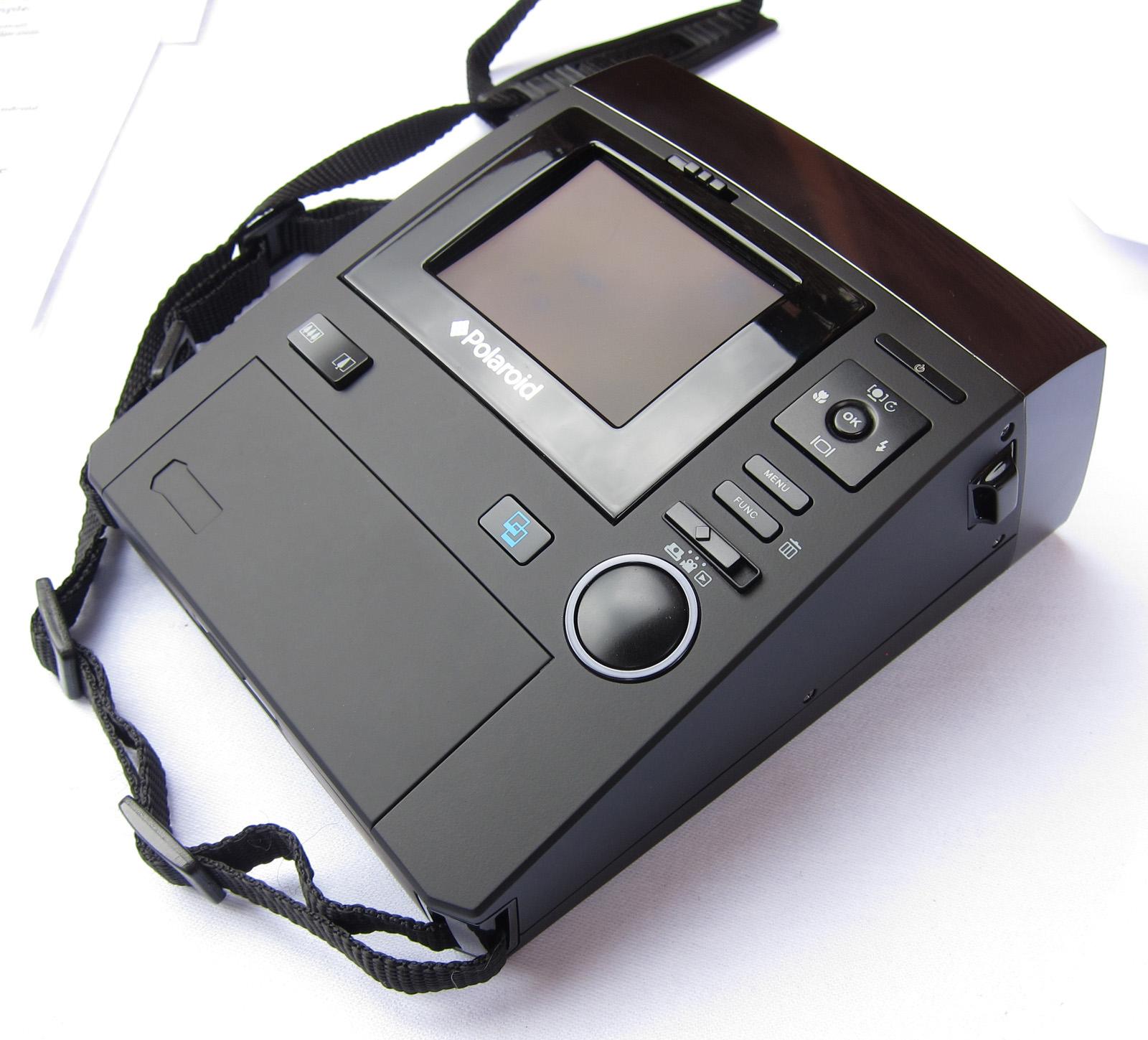 Polaroid Z340 Instant Camera Hands On Preview | ePHOTOzine