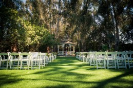 twin-oaks-house-wedding-10
