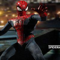 Mezco Toyz Spider-Man 1:12 Collective - Action Figure