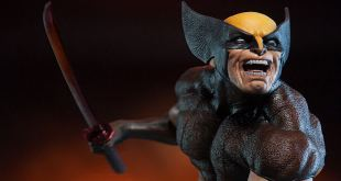 Sideshow Collectibles Brown Wolverine