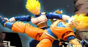 Dragonball Z Stop Motion - Goku VS Vegeta - Animated Video