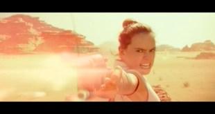 Disney Star Wars The Rise of Skywalker Blu-ray/DVD - Bonus Clip Pasaana Speeder Chase