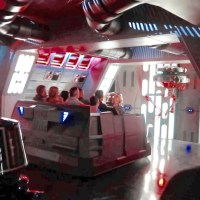 Rise Of The Resistance OPENING DAY Walt Disney World - Crowd Level / Star Wars Ride Thru & Reactions