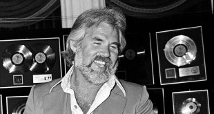 Country Music Star and Actor Kenny Rogers Dies at 81