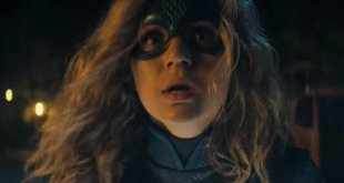 DC Universe Shares New Images of Brec Bassinger as Stargirl
