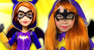 Alice pretend Super Hero Girls & Make Batgirl Cosplay with doll for Little Heroes