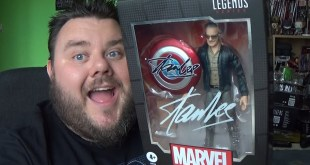 Marvel Legends Stan Lee Avengers Assemble Cameo MCU Action Figure Review