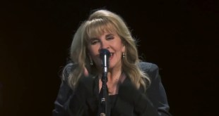 Fleetwood Mac Stevie Nicks 24 Karat Gold live Concert - 1 Min HD Trailer