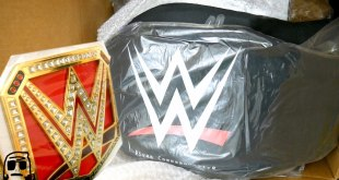 WWE Shop EPIC BLACK FRIDAY Title Championship Belt Haul Package Unboxing!!