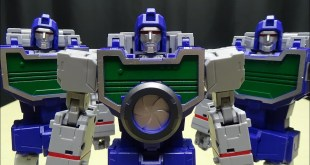 FansToys SPOTTER ( Masterpiece Reflector): EmGo's Transformers Reviews N' Stuff