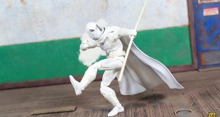 Hasbro Marvel Legends Walgreens Exclusive Marc Spector MOON KNIGHT Action Figure Review!