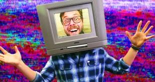 """Cosplay TV HEAD helmet in 7 """"easy"""" steps! - Erik Builds the Movies #2"""