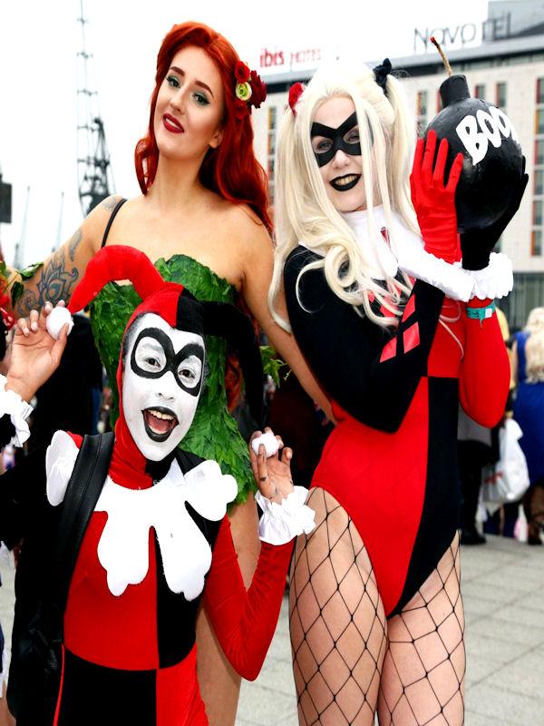 comic-con-london-dc-girls