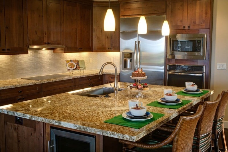 pros and cons of kitchen islands with