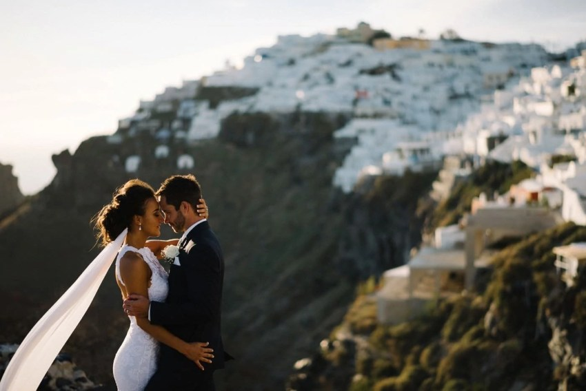 best-wedding-photographer-Santorini-Greece
