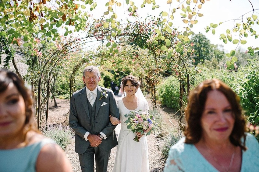 Larchfield_Estate_Wedding_0028.jpg