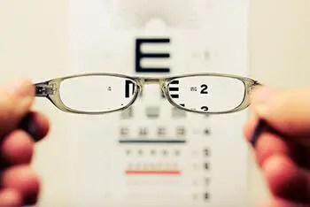 zinc helps maintain healthy eye sight