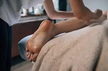 professional leg massage