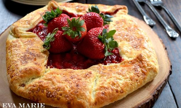 Rustic Strawberry – Rhubarb Galette