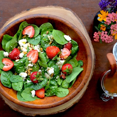 Spinach, Quinoa and Strawberry Salad with Feta and Toasted Pinenuts {vegetarian, gluten-free}