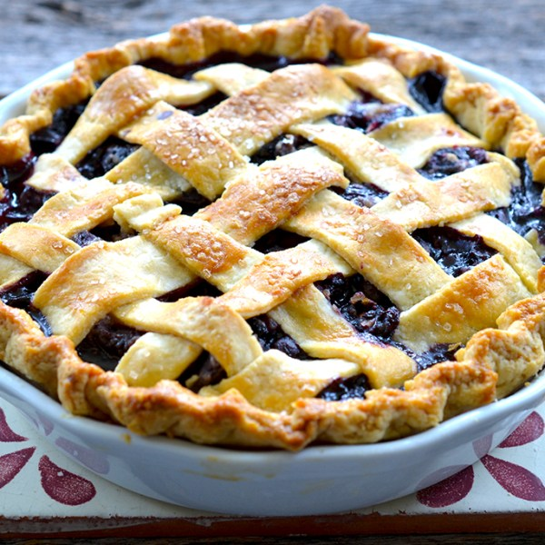 Sweet Cherry & Blueberry Pie