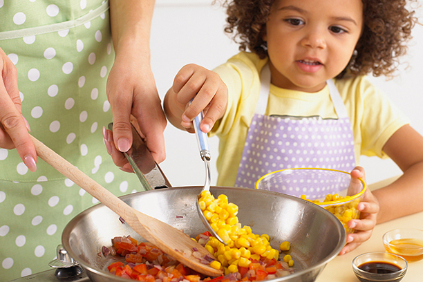 why you should cook with your kids