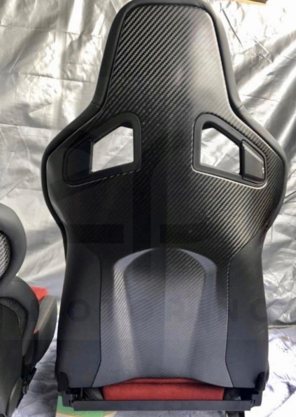 Nismo_OEM_GTR_CF_Seats3-1