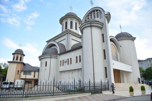 2-catedrala-site-2016