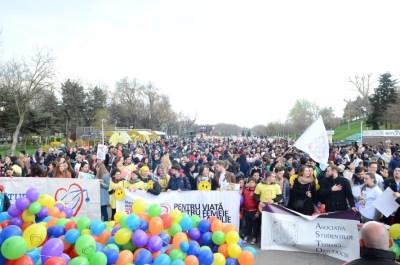 Marșul-pentru-viață-2017-Ajută-Mama-și-Copilul-Ei-depind-de-tine