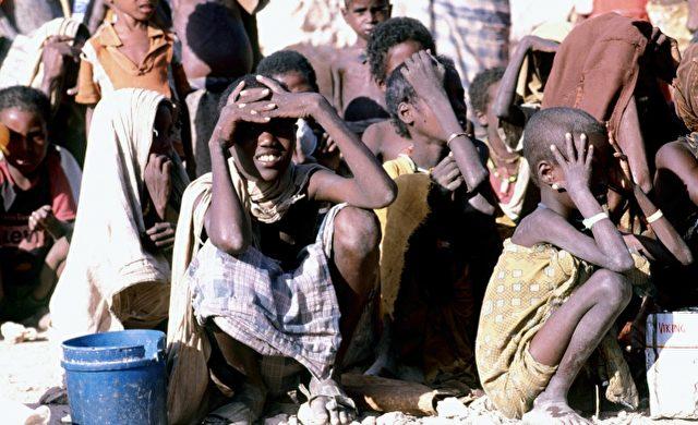 Hungernde Kinder in Somalia Foto: über dts Nachrichtenagentur