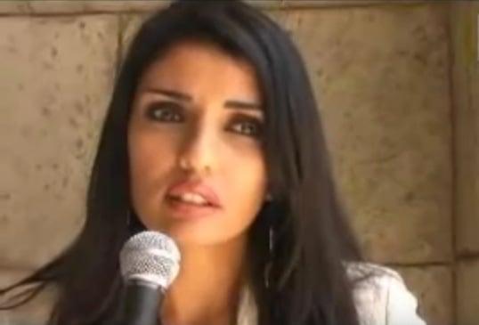 Nadine Al-Budair schreibt in Kuwait. In Saudi-Arabien hat sie Berufsverbot. Foto: Screenshot Youtube