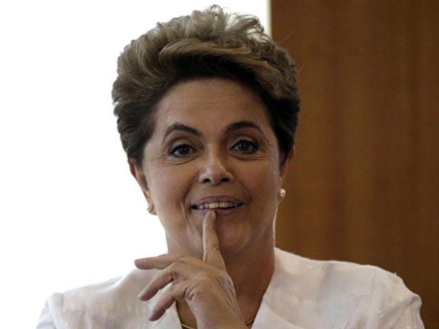 Bleibt DilmaRousseff Brasiliens Präsidentin? Foto: Fernando Bizerra Jr./dpa