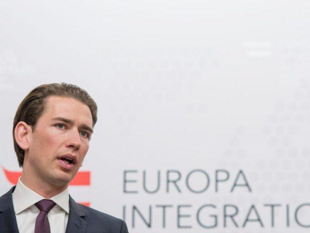 Österreichs Außenminister Sebastian Kurz will dem Europäischen Rat den Abbruch der Beitrittsverhandlungen mit der Türkei empfehlen. Foto: Christian Bruna/dpa