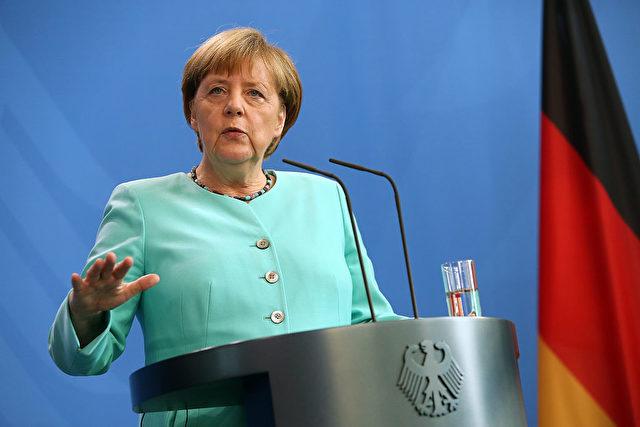 Bundeskanzlerin Angela Merkel während einer Ansprache im Kanzleramt Foto: Adam Berry/Getty Images