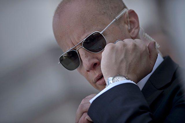 Ein Mitglied des US-Geheimdienstes. (Symbolbild) Foto: BRENDAN SMIALOWSKI/AFP/Getty Images