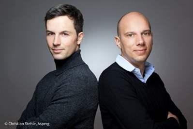 Marc Friedrich und Matthias Weik ziehen eine Bilanz des Jahres 2016 und blicken auf 2017.  Foto: Christian Stehle, Asperg
