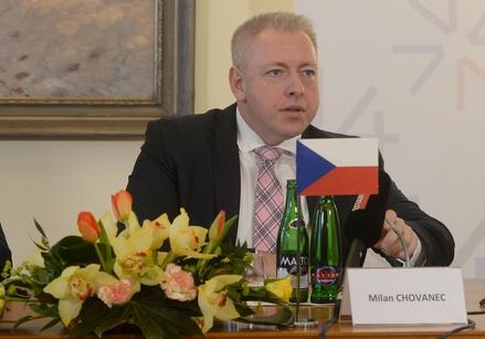 Tschechiens Innenminister Milan Chovanec Schusswaffenbesitz in Verfassung verankern. Foto: MICHAL CIZEK/AFP/Getty Images