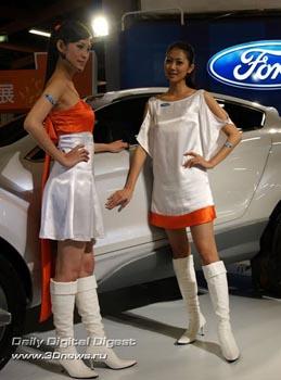 Стенд компании Ford. Фото: 3dnews.ru