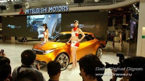 Стенд компании Mitsubishi. Гибридный концепт CT, впервые демонстрировавшийся в 2006 году. Фото: 3dnews.ru