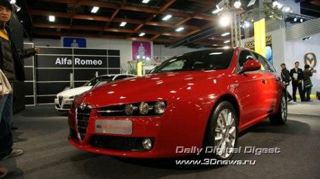 Стенд Alfa-Romeo. Седан 159. Фото: 3dnews.ru
