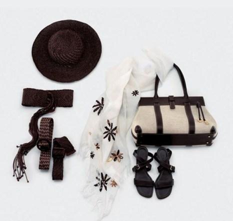 Шарф - модная деталь любого гардероба. Фото с epochtimes.com