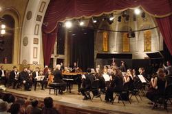 Оркестр под управлением дирижёра Даниэля Баренбаума - Моцарт «в концерте за мир» в Иерусалиме. Фото: Орэн Менахема