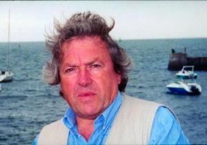 Именно мысль о Тенцзине Чедраке, который после 21 года, проведенных в Лаогае, сказал ему: «Прощать - это начинать существовать»,  послужила для Жиль ван Грасдорфа толчком к тому, чтобы дать согласие на интервью. Фото предоставлено Жилем ван Грасдорфом