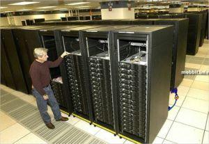 Суперкомпьютер IBM Roadrunner побил все рекорды производительности. Фото с сайта mobbit.info