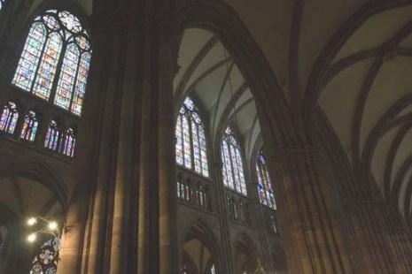 Страсбург. Нотр-Дам. Витражи. Фото: Лора ЛАРСИА/Великая Эпоха